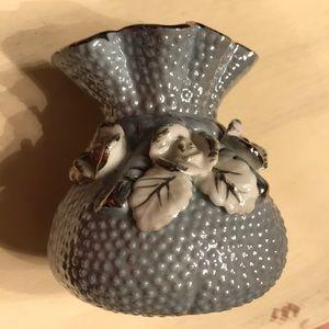 Empress Japan vase hobnail with moriage flowers